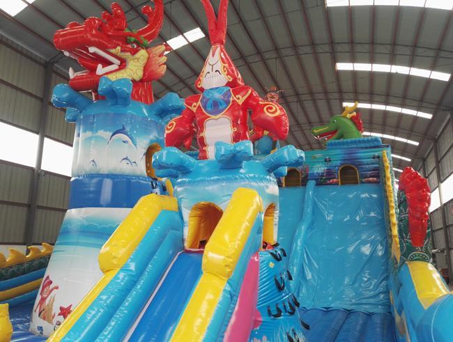 山东客户200平bwin娱乐app滑梯龙头攀岩